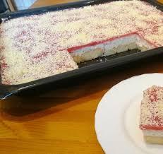schneewittchen erfrischender erdbeer quark kuchen ohne