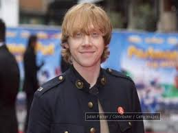 100 Rupert Grint Ice Cream Truck Rupert Grint Buys 200000 Pounds Car Named After
