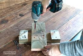 Creating A Tree Stand From Scrap Wood For DIY Reclaimed Christmas
