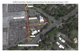 Seattle Christmas Tree Disposal 2014 by Shoreline Area News December 2016