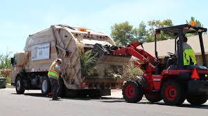 Bulk Trash ⇨ 27 YD McNeilus Rear Load Garbage Truck - YouTube