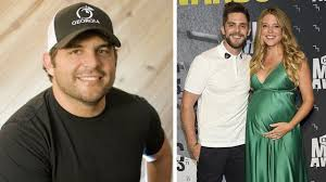 Thomas Rhett Talks Father's Influence On Career Peyton Manning Teams With Thomas Rhett For Country Duet Video Am Akins Hecoming Local News Valdostadailytimescom Talks Fathers Influence On Career Tidal Listen To New Album Life Changes Rolling Stone Delivers A Tangled Up Collection Of Country Tunes Hits Daily Double Rumor Mill Country Back To The Future That Aint My Truck Acoustic Cover Youtube She Said Yes By Apple Music