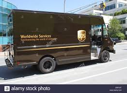 Ups Delivery Courier Stock Photos & Ups Delivery Courier Stock ... Thieves In San Francisco Steal 300 Iphone Xs Out Of Ups Truck Amazon Building An App That Matches Drivers To Shippers Seeks Miamidade County Incentives Build 65 Million Facility And Others Warn Holiday Deliveries Are Already Falling Ups Truck Icon Shared By Jmkxyy United Parcel Service Iroshinfo 8 Tractor W Double Trailer Truck Realtoy Daron Toys Diecast 1 Crash Spills Packages Along Highway Wnepcom How Stalk Your Driver Between Carpools Parcel Service Wikipedia