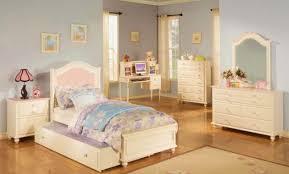 femme de chambre grenoble déco chambre moderne fille 99 grenoble chambre a coucher