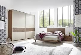 schlafzimmer in naturfarben und nussbaum dunkel luana
