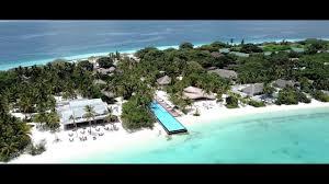 100 Maldives Infinity Pool Travel Treasures Explores The At Fairmont Sirru Fen Fushi