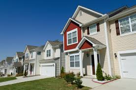 vous cherchez un entrepreneur revêtement extérieur pour votre maison