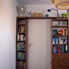 schlafzimmer mit kleiner mini privat bibliothek d