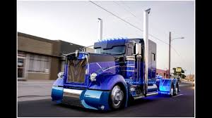 Worlds Most Custom Kenworth 900 Built By Texas Chrome Trucks! - YouTube