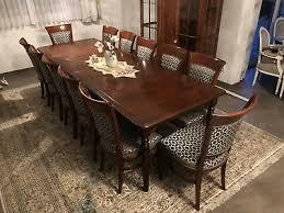 esszimmer antiker tisch plus 12 stühle gebraucht aber in
