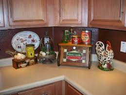 Rooster Themed Kitchen Decor
