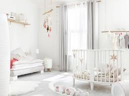 chambre bébé blanc chambre bebe bois flotte idées de décoration capreol us