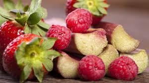 rezept rhabarber erdbeer kompott mit frischer minze an