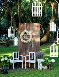 White Rustic Style Wooden Bird Cage Design Hanging Outdoor Wind Chimes Decorative Garden Ornament Wedding