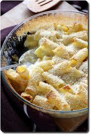 gratin de pâtes à la chapelure et trois fromages savoirs et saveurs