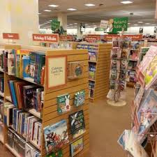 Barnes & Noble Booksellers 44 s & 22 Reviews Bookstores