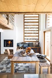 gemütliche sitzecke stuhl teppich kamin sitzbank