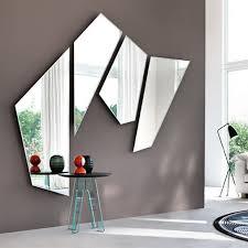 wandmontierter spiegel mirage fiam italia hängend