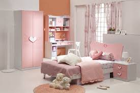 Cute Small Living Room Ideas by Very Cute Small Furniture Application In Small Space