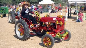 Pumpkin Patch Animal Farm In Moorpark California by Underwood Family Farms Fall Fest Opens Nbc Southern California