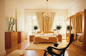 Exterior Design Traditional Bedroom Design With Tufted Bed And by Decoration Ideas Lovely Cream Theme Bedroom With Cream Tufted