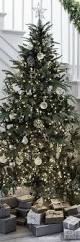 Evergleam Aluminum Christmas Tree Instructions by Best 20 Silver Christmas Ideas On Pinterest Silver Christmas