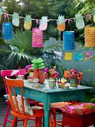 decoration pour anniversaire déco table anniversaire enfant pour fille et garçon