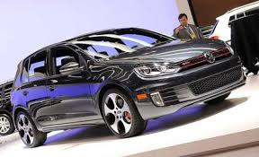 Volkswagen Golf GTI Reviews Volkswagen Golf GTI Price s