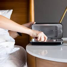 phone soap handy reinigung durch uv strahlung ladegerät phone soap netherlands