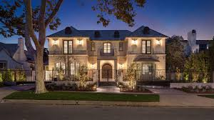 104 Beverly Hills Houses For Sale Brand New Mansion Embraces The Area S Elegant Iconic Lifestyle Mansion Global