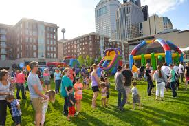 Pumpkin Patch Columbus Ohio 2017 by Family Fundays May 27 Sep 2 Sep 30 Columbus Commons