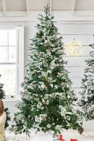 400 LED Vermont Snowy 9ft Christmas Tree
