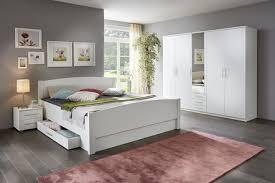 hochwertige schlafzimmerschränke aus holz kaufen brigitte