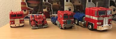 100 Optimus Prime Truck Model Picked Up The G1 Reissue Of Tonight Here He Is With