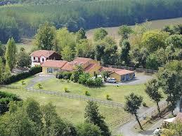 mont de marsan pau villa contemporaine avec 6 chambres et piscine proche de pau et de
