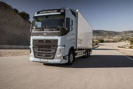 Elektrisch In Europa, Diesel In Den USA | Transport | Branchen ... Volvo Trucks Usa Photos Car On Afineimagecom Beevan By North America Paul Daintree Usa Michelin Big In The Youtube Vnl 670 Eagle Skin Aradeth Mod Ats American Tir Transnews The Dramatic New Exterior Design Of Truck Model Long Sleeper Cab Tractor Baamerican Tractors 3 Truck Stock Images Alamy Lvo Dumptruck Pinterest And Dump Gabrielli Sales 10 Locations Greater New York Area Fe A Fxible Pformer Unveils Series Nextran