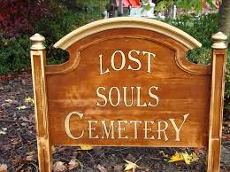 Halloween Cemetery Fence Ideas by Cemetery Sign Made From Goodwill Headboard Great Idea