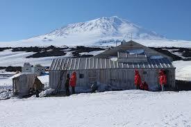 104 Antarctica House Scott S Hut Wikipedia