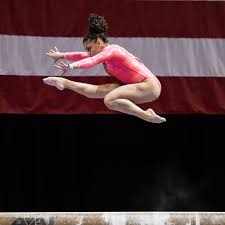 Simone Biles Floor Routine Score by Flooring Laurie Hernandez Floor Gymnast On Olympics Trials Rio