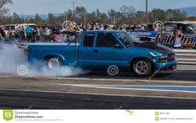 100 Redding Auto And Truck Low Rider Heating Up Editorial Image Image Of Race Drags