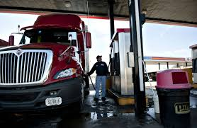 100 Us Trucking Truck Driver Salaries Rising On Surging Freight Demand WSJ