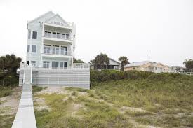 100 Million Dollar Beach Homes Large Group Vacation Homes Latest Housing Trend In Panama City