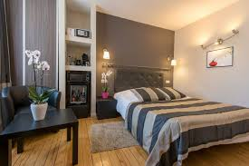 what does chambre in home villa louvre lens hotel bed and breakfast