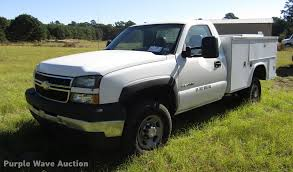 2007 Chevrolet Silverado Classic 2500HD Utility Bed Pickup T...
