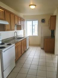3 Bedroom Apartments Milwaukee Wi by Apartment Unit 8 At 1962 N Prospect Avenue Milwaukee Wi 53202