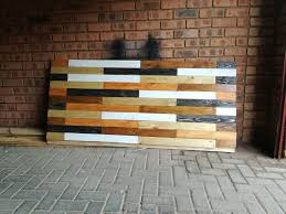 Reclaimed Pallet Wood Headboard 8 Steps with