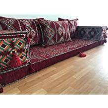 orientalische sitzecke sofa bodenkissen sitzgruppe kelim
