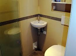 duschbad auf 1 2 quadratmeter bad 051 bäder dunkelmann