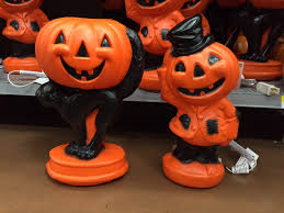 Halloween Blow Mold Display by Vintage Halloween Collector 2015 Halloween At Wal Mart