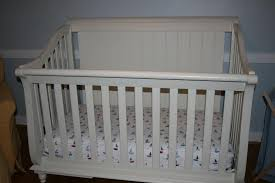 Bassett Convertible Crib  WilliamsburgTrashAndTreasure